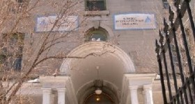 Ottawa Jail Hostel-window opening