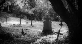 Bachelors-Grove-Cemetery-Bremen